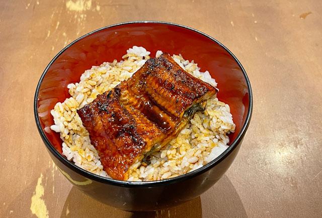 名代 宇奈ととファボーレ富山の税込550円のうな丼