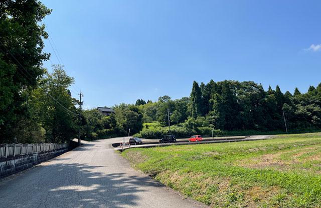 富山県射水市の櫛田神社の駐車場2